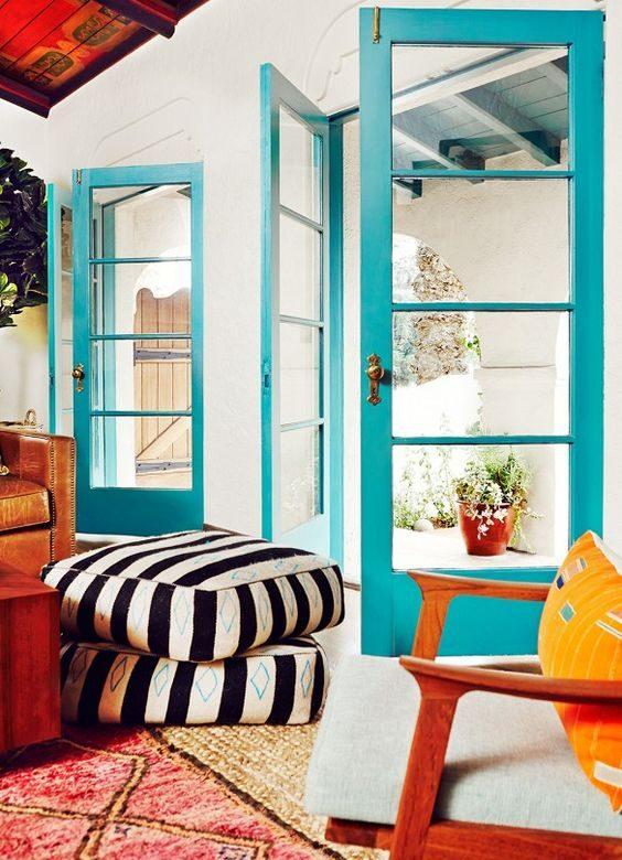 la la land, eklektyczny salon, dekorowanie salonu, jak udekorować salon, mieszkanie wstylu retro