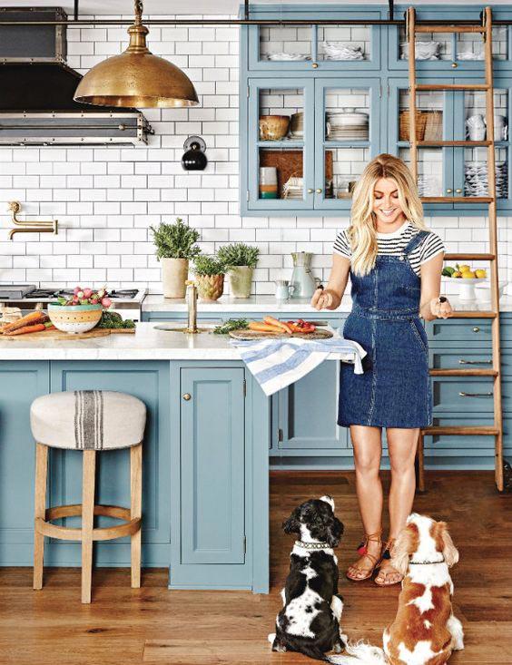 10 Najpiękniejszych Niebieskich Kuchni WOdcieniu 'Stardew'