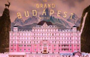 Grand Budapest Hotel, moody blooms, jesienne trendy, millenialsi, róż milenialsów, różowe wnętrza, trendy wdekoracji wnętrz, aksamit, wiszące dodatki dodomu