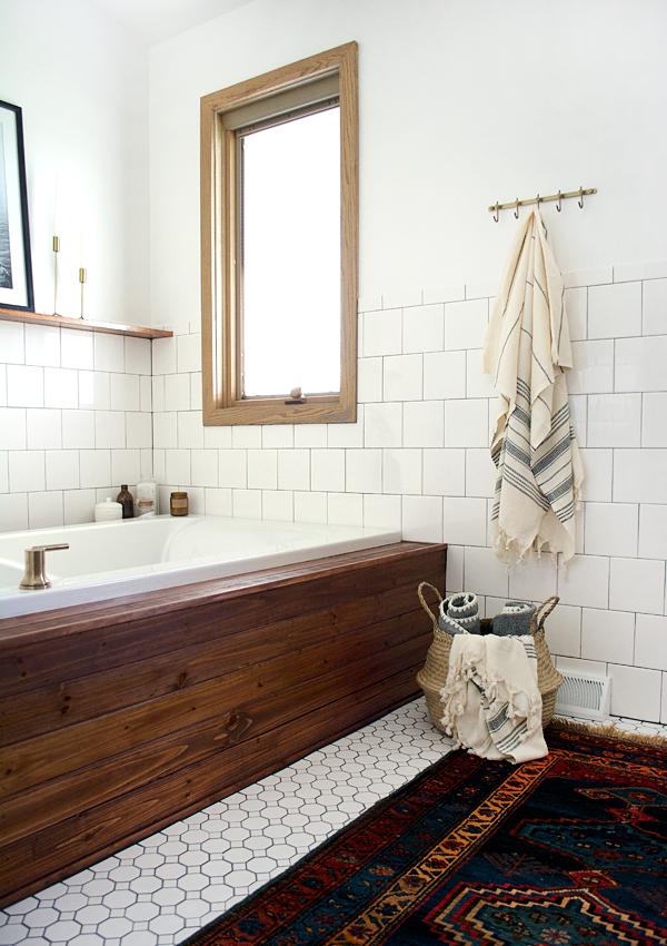 łazienka rustykalna, łazienka wstylu farmhouse, jak urządzić stylową łazienkę, trendy łazienkowe, łazienka wskandynawskim stylu