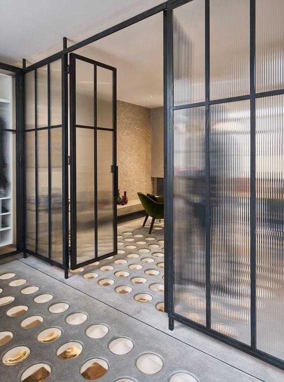 Drzwi loftowe —modne rozwiązanie downętrz industrialnych